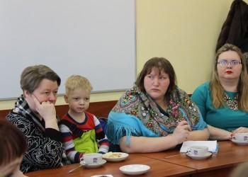 Встреча с сообществами молодых и многодетных мам Череповца